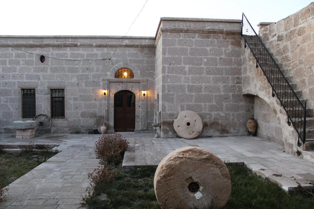 KAPADOKYA TAŞ OTELLERİ